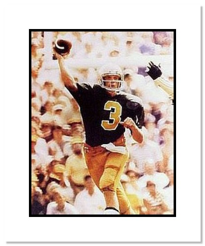 Joe Montana Notre Dame Fighting Irish NCAA Double Matted 8x10 Photograph Passing