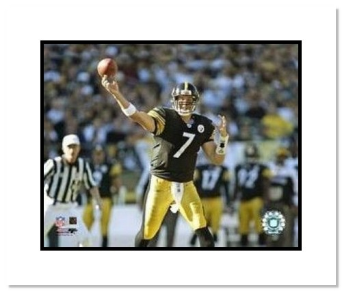 Ben Roethlisberger Pittsburgh Steelers NFL Double Matted 8x10 Photograph Passing