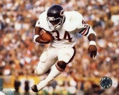Walter Payton Chicago Bears NFL 8x10 Photograph Airbound