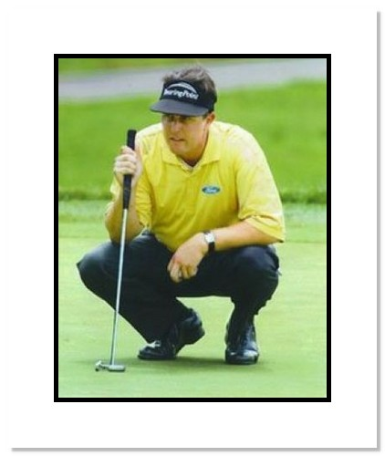 Phil Mickelson PGA Golf Double Matted 8x10 Photograph Yellow Shirt Putting