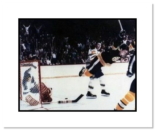 Bobby Orr Boston Bruins NHL Double Matted 8x10 Photograph The Dive Color