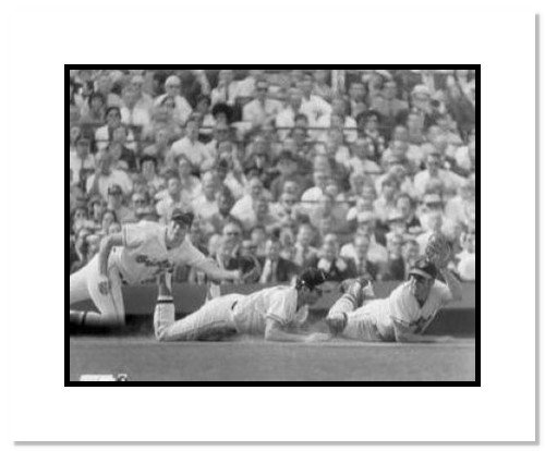 Brooks Robinson Baltimore Orioles MLB Double Matted 8x10 Photograph Diving Catch 3x Exposure