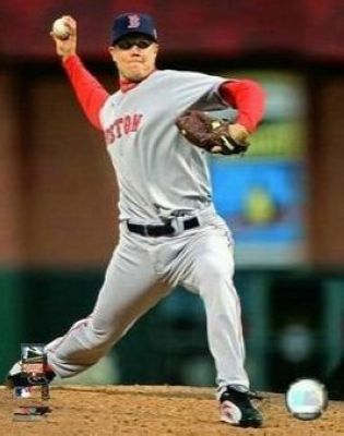 Jonathan Papelbon Boston Red Sox MLB 8x10 Photograph 2007 All-Star Game Pitching