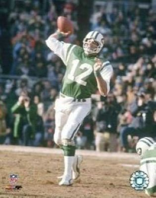 Joe Namath New York Jets NFL 8x10 Photograph Passing