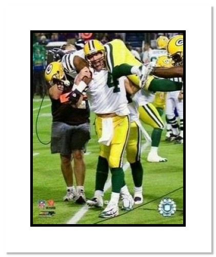 Brett Favre and Greg Jennings Green Bay Packers NFL Double Matted 8x10 Photograph Record Breaking 421st TD on Shoulders