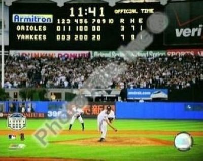 Mariano Rivera New York Yankees MLB 8x10 Photograph Yankee Stadium Farewell Last Pitch Scoreboard