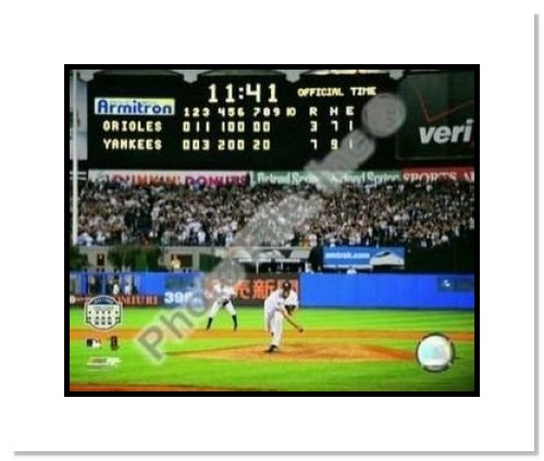 Mariano Rivera New York Yankees MLB Double Matted 8x10 Photograph Yankee Stadium Farewell Last Pitch Scoreboard