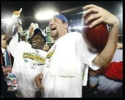 Santonio Holmes and Ben Roethlisberger Pittsburgh Steelers NFL 8x10 Photograph Super Bowl XLIII Celebration