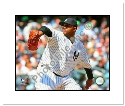 CC Sabathia New York Yankees MLB Double Matted 8x10 Photograph 2009 Pitching
