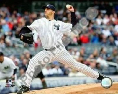 Andy Pettitte New York Yankees MLB 8x10 Photograph 2009 Pitching