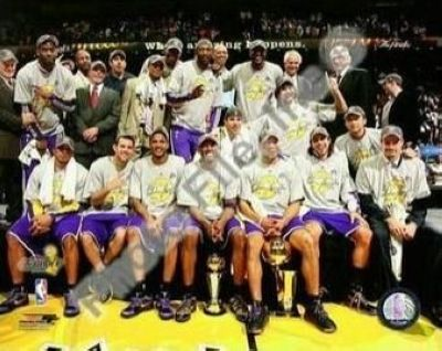 2009 Los Angeles Lakers NBA 8x10 Photograph 2009 NBA Finals Champions Team Shot