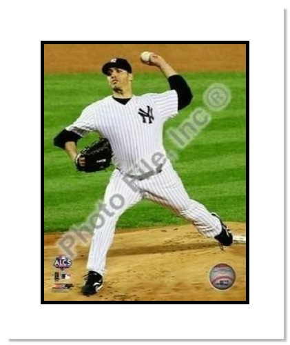 Andy Pettitte New York Yankees MLB Double Matted 8x10 Photograph 2009 ALCS Game 6 Pitching