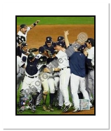 New York Yankees MLB Double Matted 8x10 Photograph 2009 World Series Celebration 3 Close Up