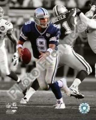 Tony Romo Dallas Cowboys NFL 8x10 Photograph Spotlight