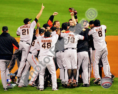 2010 NLCS Champions San Francisco Giants 8x10 Photograph Team Celebration