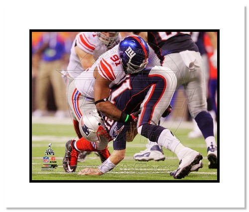 Justin Tuck 2012 New York Giants NFL Double Matted 8x10 Photograph Super Bowl XLVI Champions Sacking Tom Brady