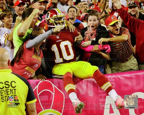 Robert Griffin III Washington Redskins NFL 8x10 Photograph Crowd Leap RGIII