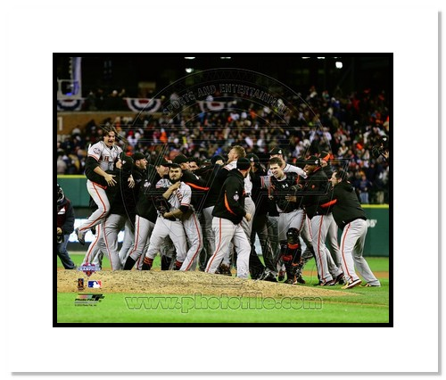 2012 San Francisco Giants MLB Double Matted 8x10 Photograph 2012 World Series Celebration #1