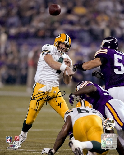 Brett Favre Green Bay Packers NFL Hand Signed 8x10 Photograph 421 TD Pass